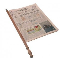 wood newspaper support