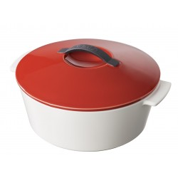 Round cocotte pepper red